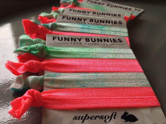 FUNNYBUNNIES -  BFF 4er Pack- 4,95€ immer zwei gleiche Paare in einem Pack! Dann kannst du sie super mit deiner Freundin teilen! #FUNNYBUNNIES #hairbands #armcandy #armparty #Frisur #sommeraccessoire #trendausdenusa