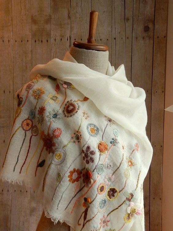 """Juvenile"" scarf 