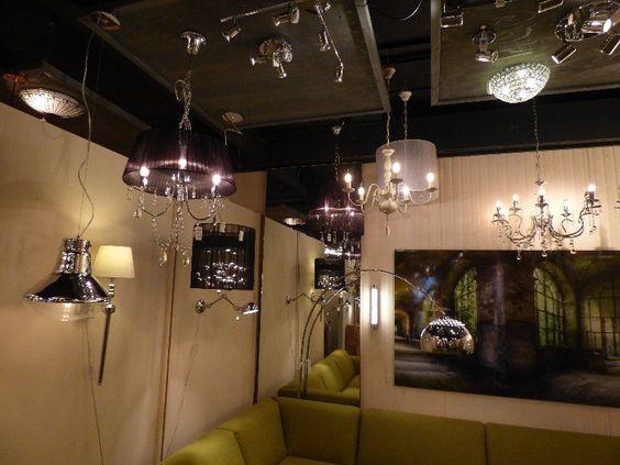 Showroom winkel interieur verlichting . Kroonluchters wandlampen ...