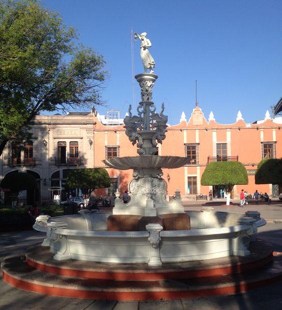 La fuente del parque zenea.