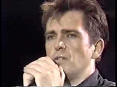 Peter Gabriel The final date of the 1986 Amnesty International Conspiracy of Hope Tour. This was the set closer, an emotional version of Biko.