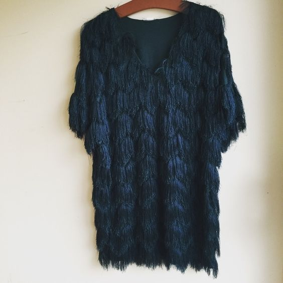 "Dark Green H&M Fringe Dress H&M fringe dress • New with tags, never worn! Originally $49.99 • Size Medium. Chest- free size, Sleeve 15"", Length 35"" H&M Dresses Mini"