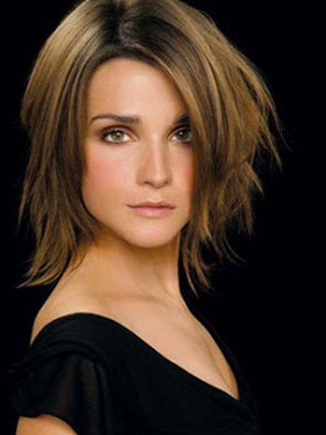 Mittellanger Haarschnitt In 2020 Frisuren Schulterlang Haarschnitt Frisuren