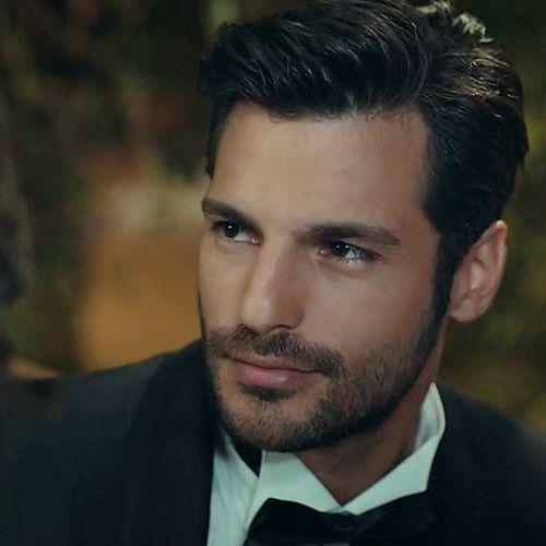 Imagen Descubierto Por Instagram Turkiye Descubre Y Guarda Tus Propias Imagenes Y Videos En We Heart It Handsome Actors Actors Good Looking Men