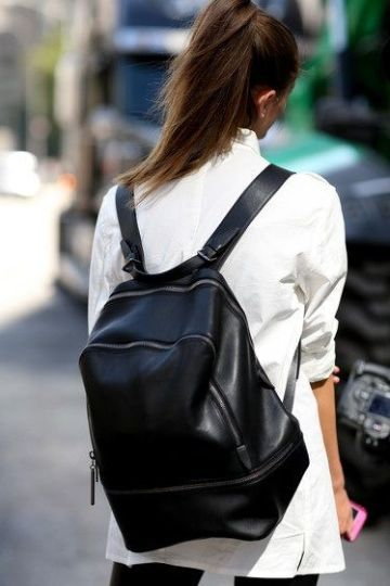 Secret 6 Black Backpacks from Sale 6 Best #backpacks from Sale! Which one are you gonna buy? gefunden auf Styletorch
