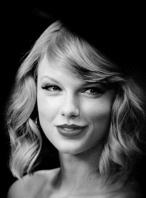 Taylor swift black and white smile 1989