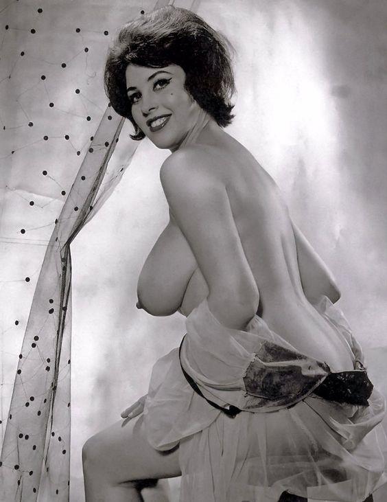 Irish Big Breasts Nude 34