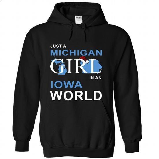 (NoelXanh003) NoelXanh003-008-Iowa - customized shirts #tshirt customizada #grey tshirt