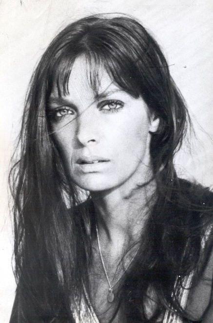 Martine Carol actrice et les autres  D8c73ed77ecabe0f61a4c872d74e906f