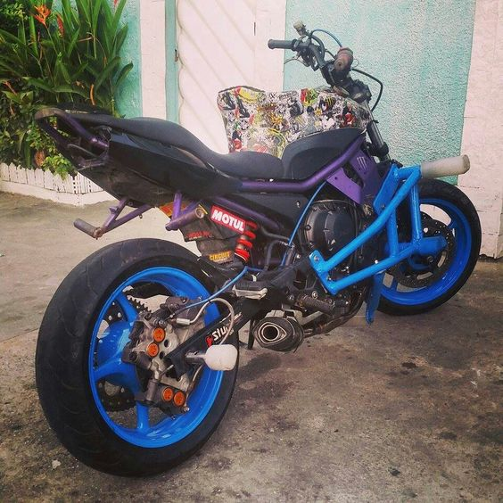 Motorcycle stunt sprocket