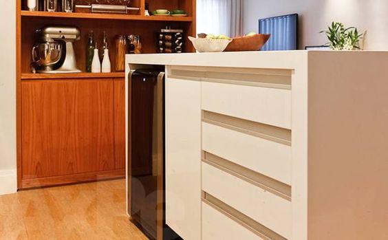 Aparador + Adega. (Possível armário extra cozinha?)