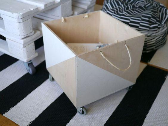 matto,puulaatikko,kuormalava,säilytys,mustavalkoinen