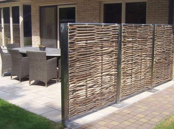 Pare-vue et brise-vent protègent le jardin | Gardens, Pergolas and ...