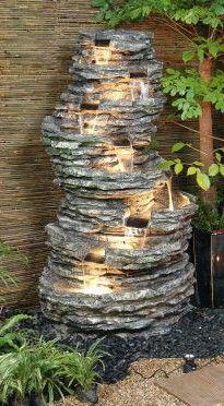 8-stufiger Felsbrunnen mit Halogen-Beleuchtung