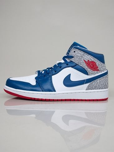 NIKE JORDAN 554724 107 AIR JORDAN 1 MID Scarpe Alte - white - fire red - blue - cement grey € 110,00 - See more at: http://www.moveshop.it/ecommerce/index.php/it/articolo/39516/7638/554724%20107%20AIR%20JORDAN%201%20MID#sthash.HuAW4Cmy.dpuf