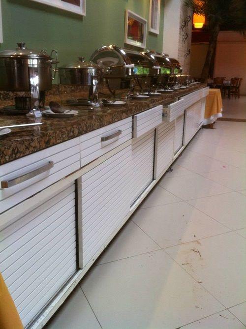 Móveis para restaurante.Realizado por Toc Toc Carpintaria.