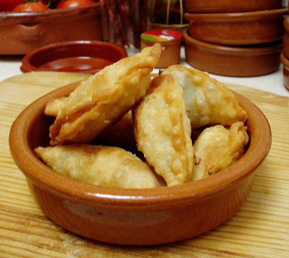 chicken, chorizo and red pepper empanadas with Fino sherry & olive ...