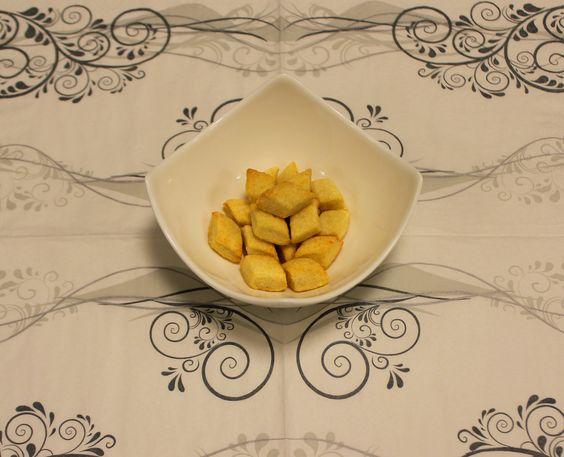Selbstgebackene Katzenkekse - Cheese-Cracker - Mit leckerem Käse, Butter und Milch