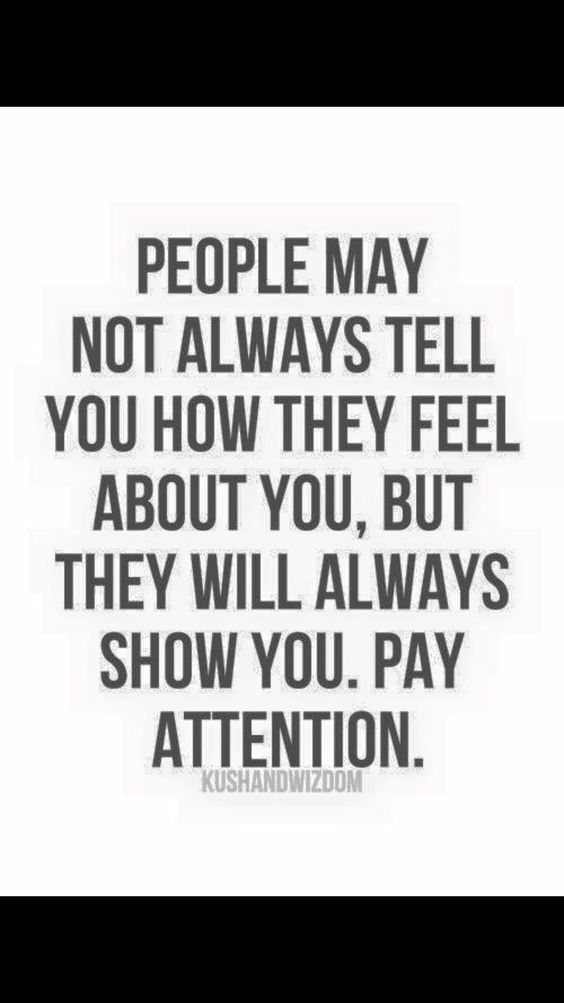 tell someone nervous paying attention body language