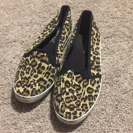 Leopard print canvas slip on shoes Wet seal canvas slip on shoes in a really cute leopard print! Wet Seal Shoes Flats & Loafers