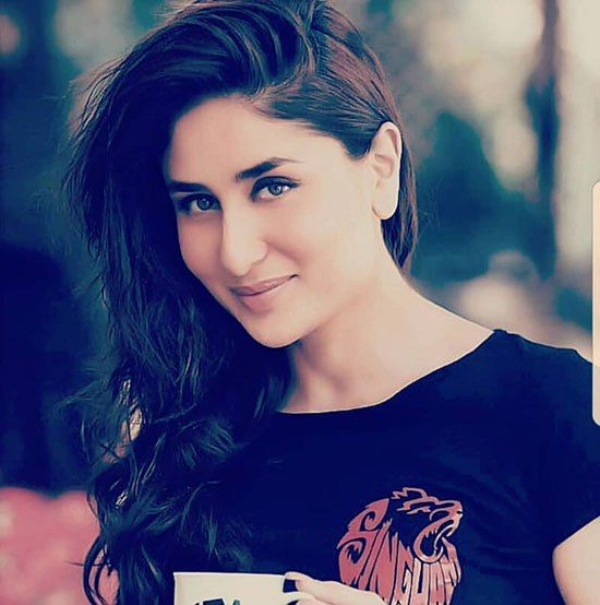 Top 5 Beautiful Famous Bollywood Actresses With Pictures Bollywood Bollywood Actress Actresses