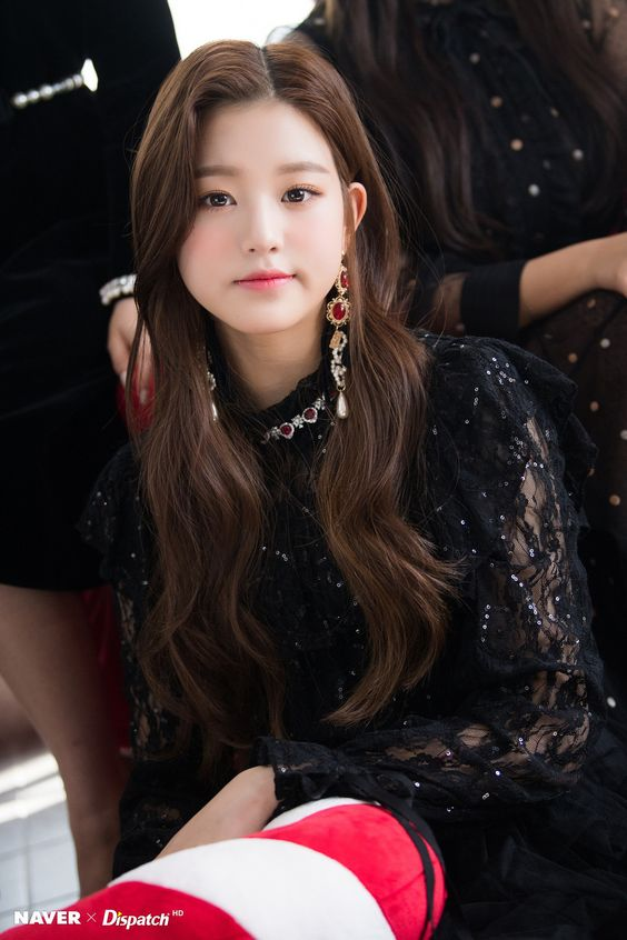 """(NAVER x DISPATCH) Maknae Line Christmas Party - Wonyoung """