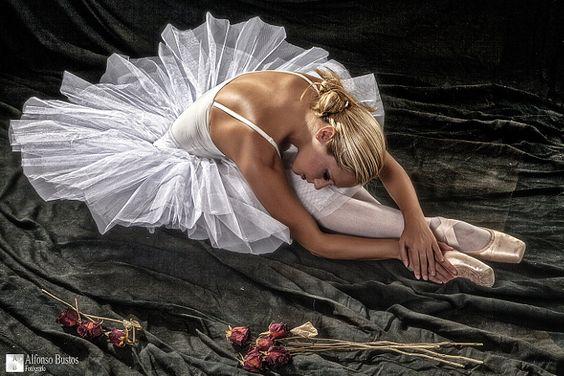 BLANCA CAYETANA by Alfonso Bustos