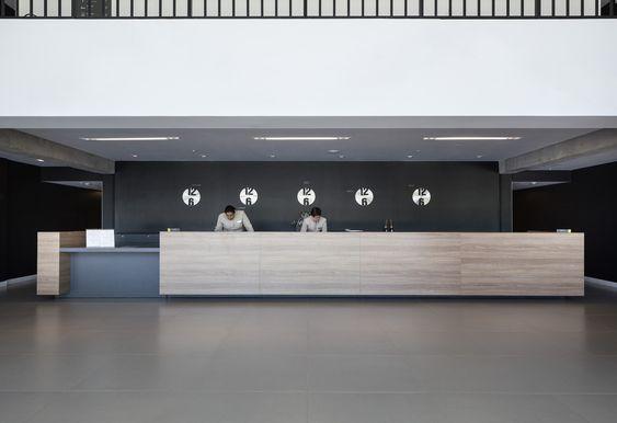 Gallery Of Linx Hotel International Airport Galeao Ospa Arquitetura E Urbanismo 26 Hotel Hotel Building Counter Design