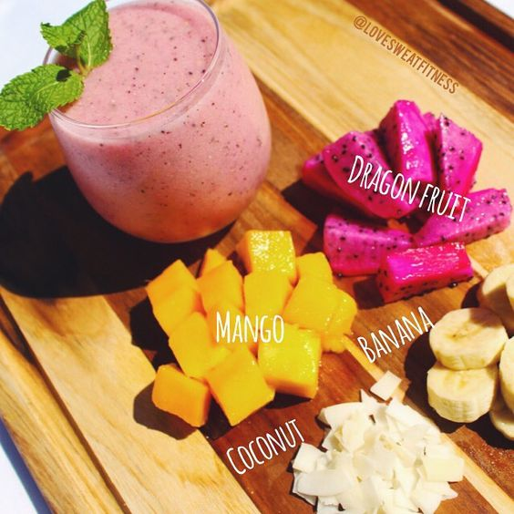 This is my Happy Hour! We rarely get dragon fruit here, but I love it!  Can't wait for summer and all the tropical goodness! . Happy Friday! Xoxo Katie