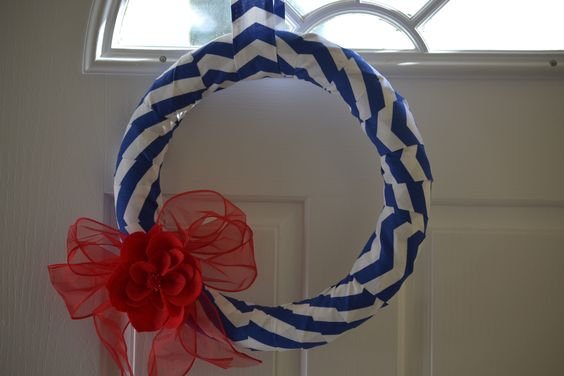 I couldn't decide between the red& white or blue & white, so I got both!  Made this one for my sweet neighbor who decorates for EVERY holiday!