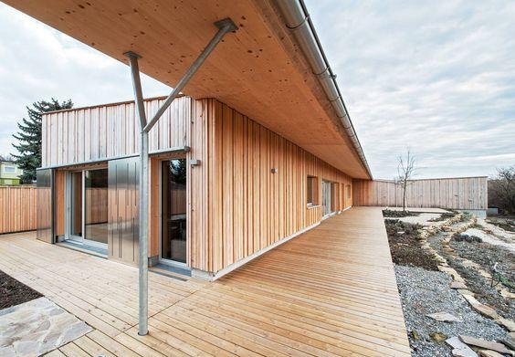 Ein Arztehepaar beauftragte unsere Experten von Abendtroth Architekten, ihnen einen energieeffizienten Bungalow für die Pensionierung zu erbauen.
