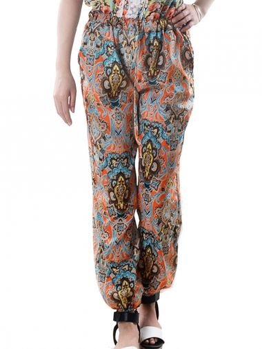 Trendy Casual Fabulous Floral Printed Loose Chiffon Harem Pants Two Colors on buytrends.com