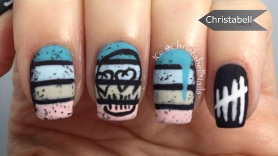 5sos nail art.