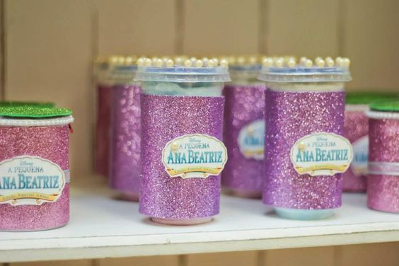 Loja Santo Antonio: Festa Personalizada da Pequena Sereia com muitos detalhes lindos!