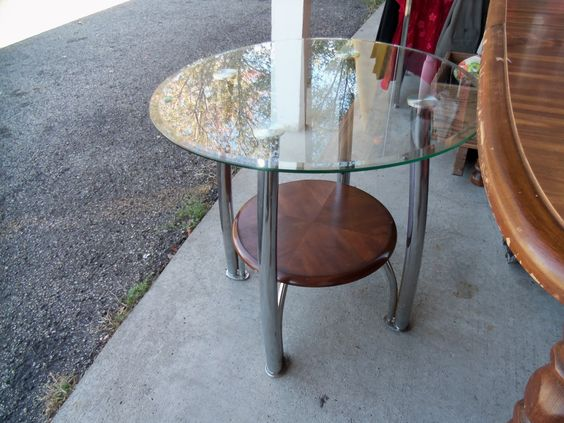 Very nice glass table for only $50