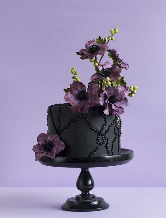 Cottage Charm ~ purple, black ~ Wedding cake