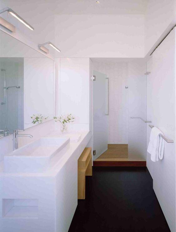 Kuth/Ranieri Russian Hill bath | Remodelista
