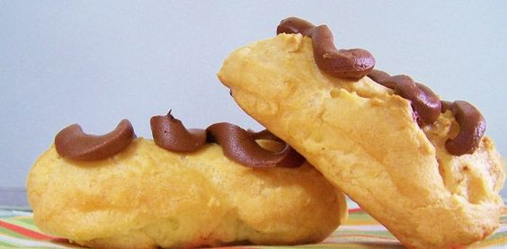 hiddenponies – First on the First: Eclairs!