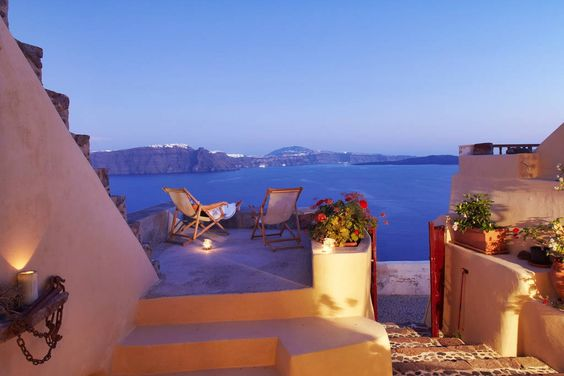 House in Oia , Greece. Top up your Santorini experience by staying in this beautiful traditional cave house. Relax and unwind while you enjoy the breathtaking view from your private terrace! You will never want to leave!     House Loukia is a recently restored tradition...