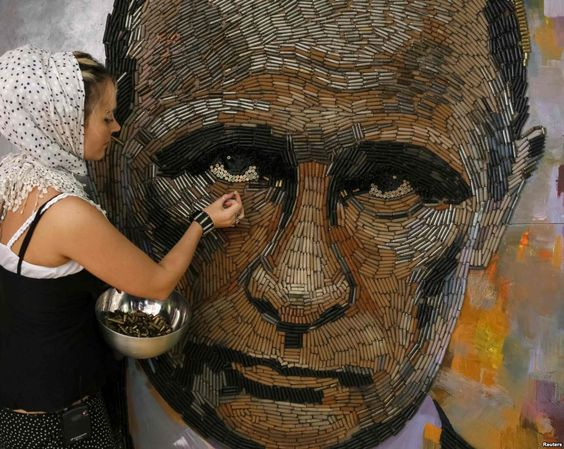 "Дарья Марченко завершает работу над ""Лицом войны""  http://dashart.com.ua/zhivopis/kartina-dari-marchenko-litso-voiny-portret-putina"