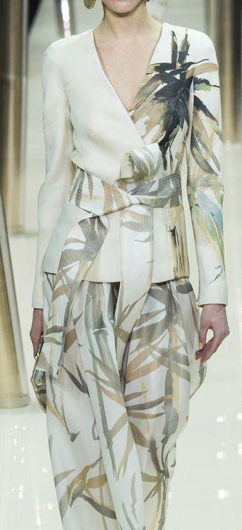 Giorgio Armani Prive SS15 Couture www.patternsnap.com