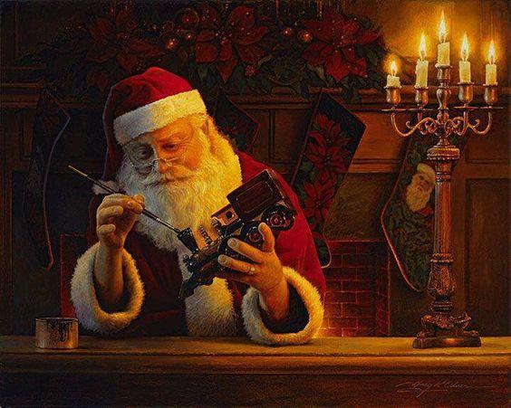 Santa building toys for #Christmas!
