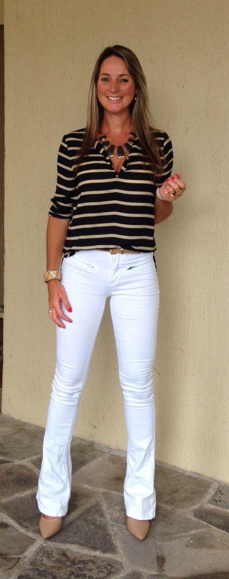 Look de trabalho - casual friday - calça flare - calça branca - navy