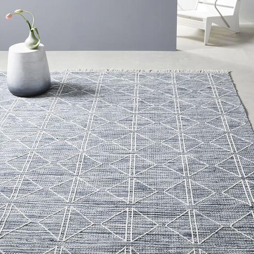 Reflected Diamonds Indoor Outdoor Rug In 2020 Indoor Outdoor Rugs Outdoor Rugs Tile Rug