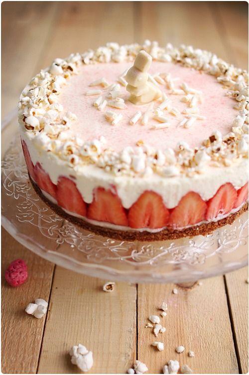 Gâteau printanier parfum amande, crémeux citron et fraises Ciflorette - Chefnini.com => A essayer !!!