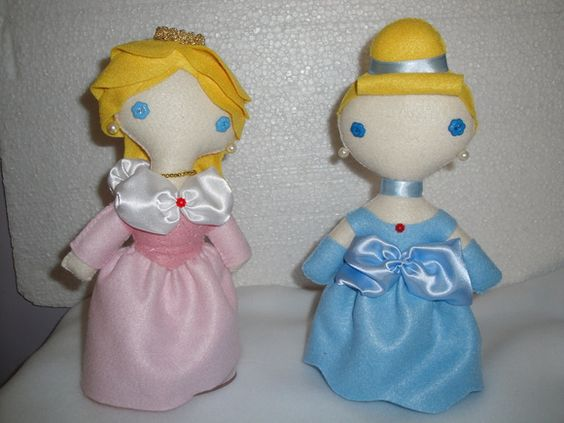 PRINCESAS RETRÔ