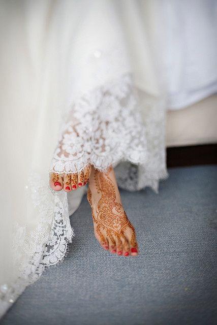 Lovely Bride : Happy Feet in Lace...: