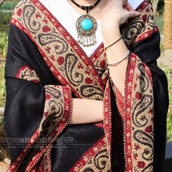 Autumn-Spring-national-Shawl-ultralarge-with-tassels-vintage-wool-cloak-thickening-Cape-winter-wool-Pashmina.jpg (1600×1600)