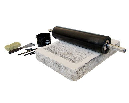 Cromolitografia é um método da litografia através da qual os desenhos são impressos em cores.