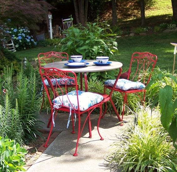 Vintage Wrought Iron Outdoor Patio Set Painted Bright Red